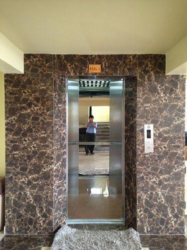 bảo trì thang máy quán karaoke tại tphcm